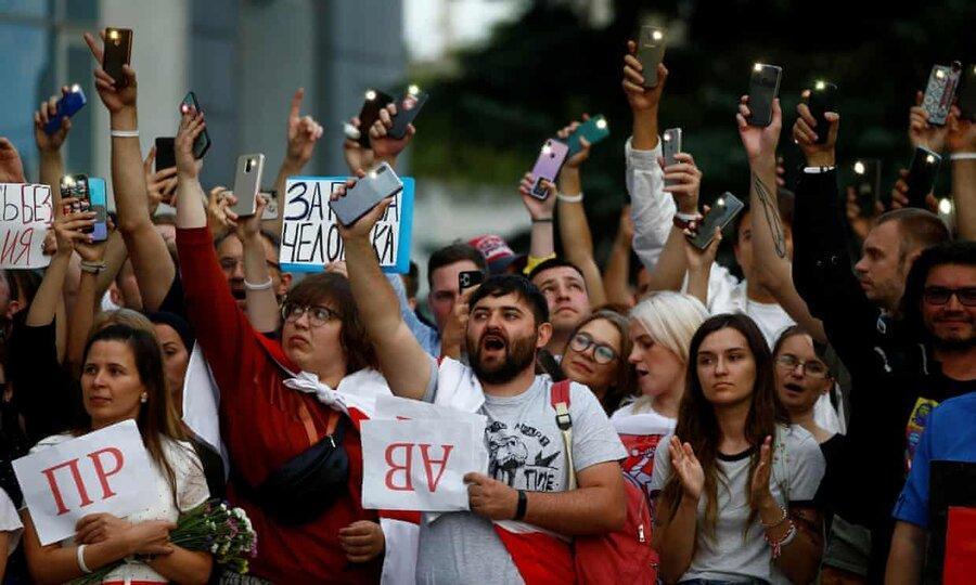 مردم بلاروس برای بزرگترین تظاهرات تاریخ این کشور آماده می شوند