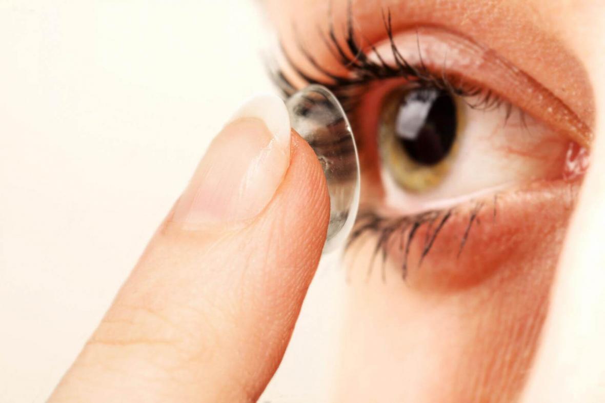 ساخت لنز تماسی با حسگر زیستی