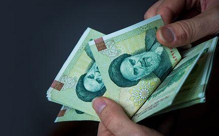حقوق کارکنان دولت تا 4 میلیون تومان معاف از مالیات می شود