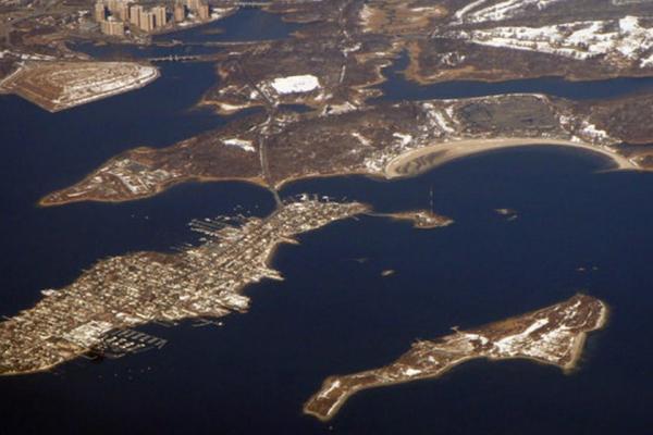 سفر به آمریکا: جزیره هارت نیویورک، بزرگترین گورستان آمریکا