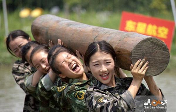 آموزش های سخت نظامی به مهمانداران زن !