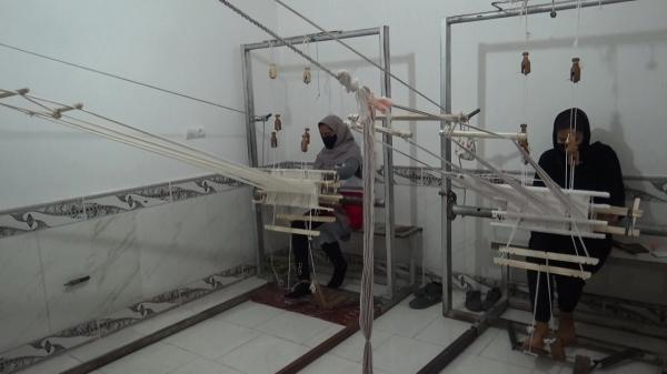 پا گذاشتن هلال احمر در حوزه صنایع دستی، راه اندازی اولین کارگاه توبافی در بیرجند